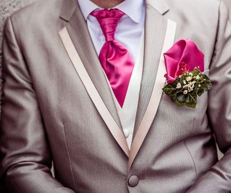 Hochzeitanzug mit zweifarbigem Revers maßgeschneidert