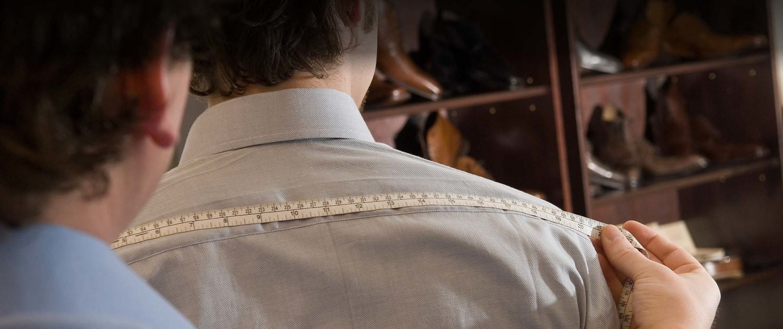 Abnahme der Maße bei TailormadeSuits in Köln